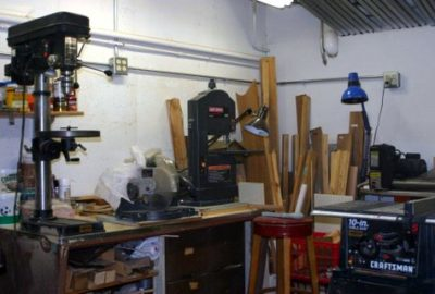 There is a hobby shop located on the garage level for your use.