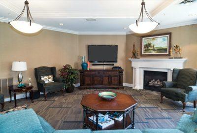 CG 28z fireside lounge